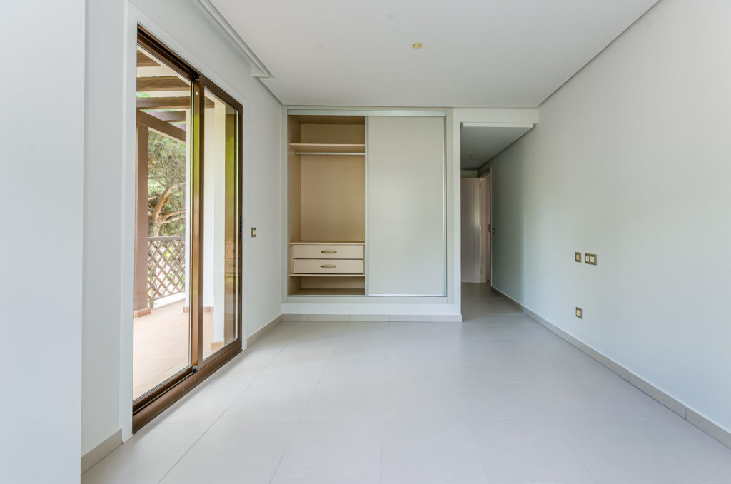 2 Bedroom Apartment with Garden View